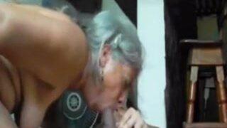 yaşlı kadın sikiş filmi